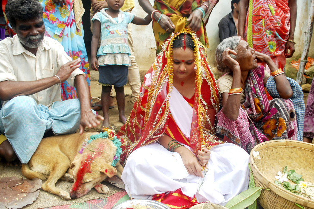 Фото индианки писают
